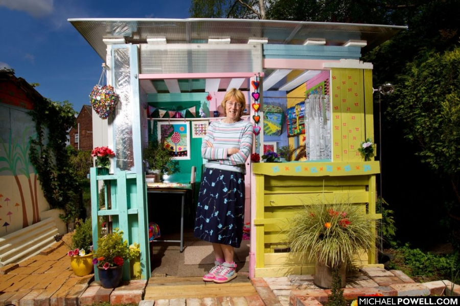 shed, sheds, unique shed, pub shed, budget shed, own space, colourful shed